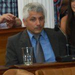 Concejal Pablo Armanarino en la banca 6 de Diciembre 022