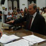 Roberto Fernandez Viña 6 de Diciembre 045