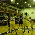 Basquet - Regatas - Belgrano -primera - 5 de Abril DSCN9729